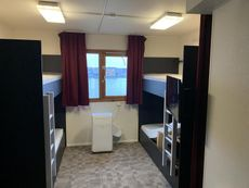 For Charter Floatels for up to 680 guests