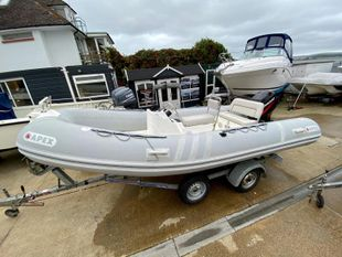 2001 Apex Inflatable A17