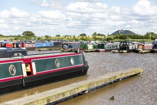 60ft Widebeam Moorings at Tattenhall Marina