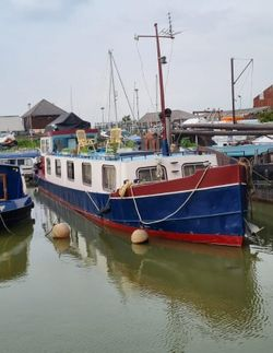 Luxe Motor Dutch Barge 23m