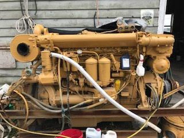 CAT MARINE ENGINE 400 hp
