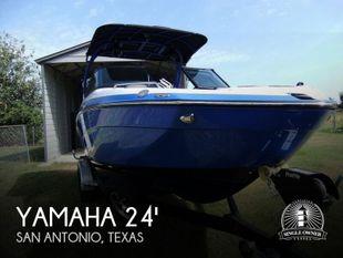 2019 Yamaha 242X E Series