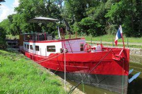 Barge Dutch live aboard boat - Main Photo