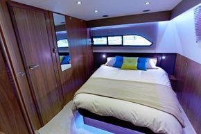 Haines 42 Elegance Aft Cabin