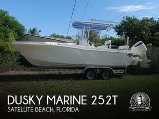 2018 Dusky Marine 252T