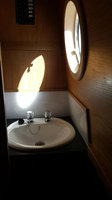 Narrowboat day hire. Day hire Business