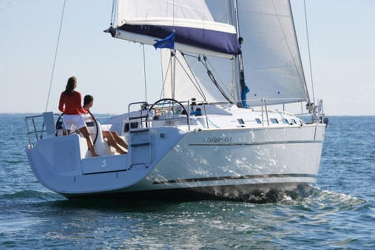 Beneteau Cyclades 43.3 - Charter