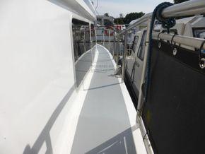Dutch Steel Motor Cruiser JM YACHT - Side Deck