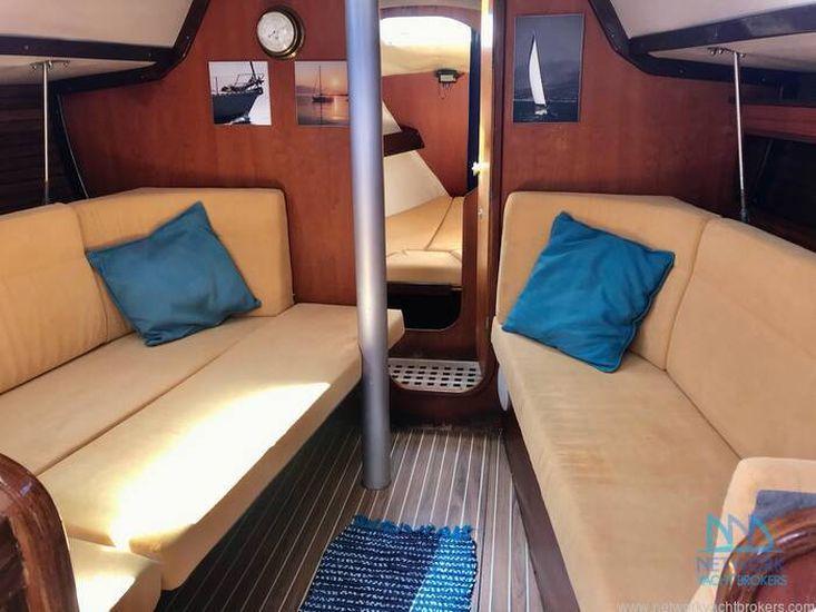 1985 Beneteau First 345