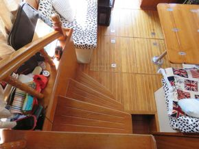 Golden Star trader Sun deck 40 Live aboard Trawler - Interior