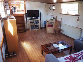 Dutch Barge 23m  - Saloon