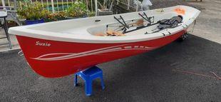 Double or single coastal rowing boat