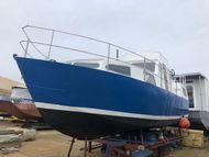 Motor Cruiser Shell For Conversion