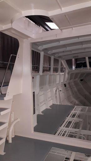 Access to Fly-bridge