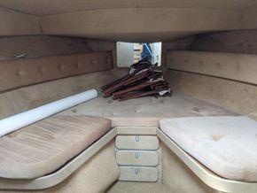 Princess 414  - Forward Cabin