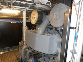 Main engine 2 Wartsila 12V200
