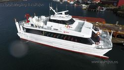 Catamaran 142 Pax with cargo room / crane