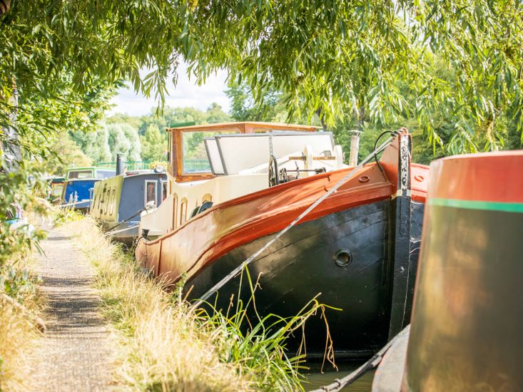 Price drop! Dutch barge with withouth mooring in Springfield marina L