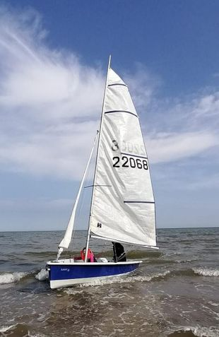 Laser 2000 Sailing Dinghy