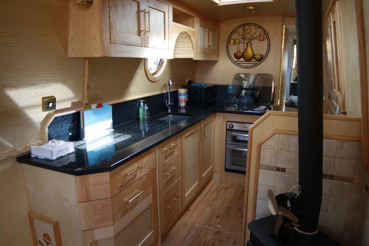 Oakmere - 59ft Traditional Stern Narrowboat 8% Share