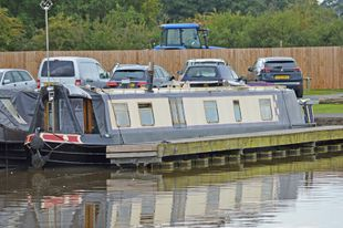 60ft Cruiser Stern Narrowboat