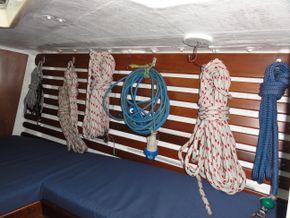 Forward Rope Tidy