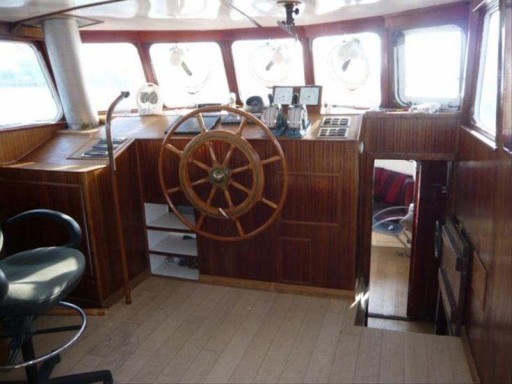 Twin Screw ex Patrol Boat