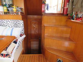 Golden Star trader Sun deck 40 Live aboard Trawler - Looking Aft