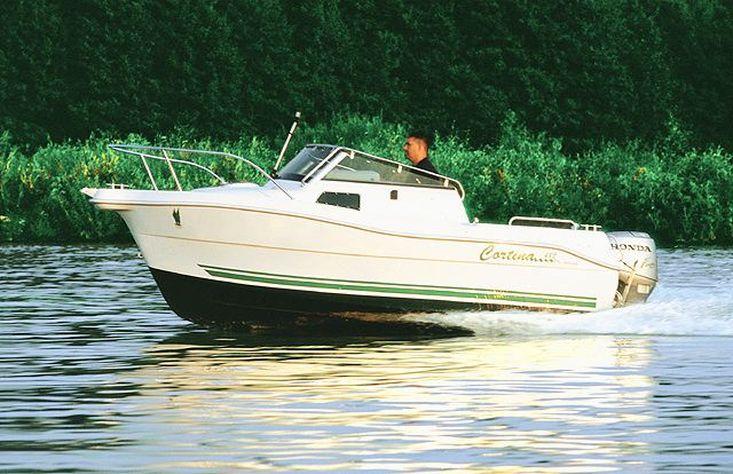 Cortina 480 Kabin