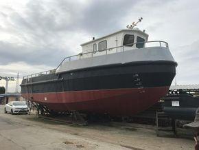 Workboat with cran
