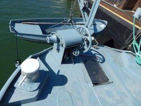Luxemotor Dutch  Barge Practical cruising home - Windlass