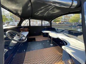 Stern deck/sun lounge