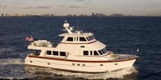 740 Deluxbridge Skylounge Motoryacht