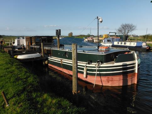 20mx4.3m british built barge 1964