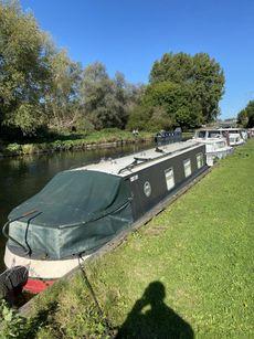 35ft Narrowboat - 4 Berth