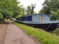Brand new bespoke widebeam barge