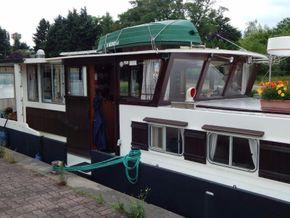 Barge Wide Beam live aboard barge  - Coachroof/Wheelhouse