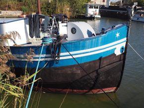 Dutch Barge 23m  - Bow
