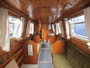 Narrowboat 42ft with Mooring  - Looking Aft