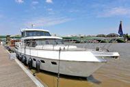 Beautiful 1995 Value Superior 49 motor yacht, SW6