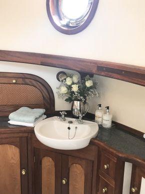 Master aft bedroom sink