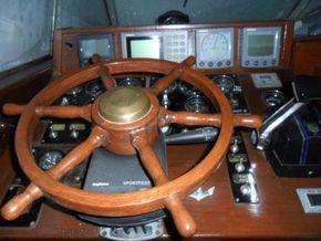 Helm Port Side