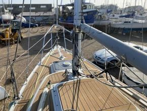 Hurley 22 R - Foredeck