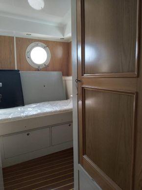 Single Cabin 1