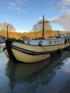 Lovingly restored Dutch Barge built 1899