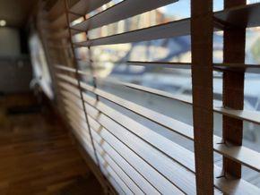 Wide slats luxury wooden blinds