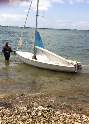 14ft Leader sailing dinghy