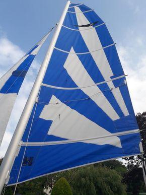 Fully battened main sail