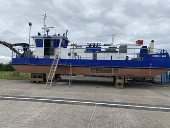 Road transportable suction dredger