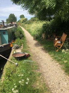 Charming 57ft liveaboard with London mooring